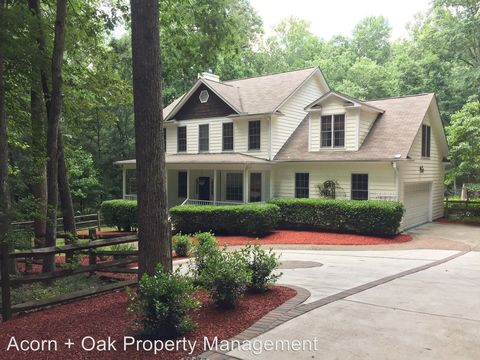 Photo of 147 Dover Rd, Pittsboro, NC 27312