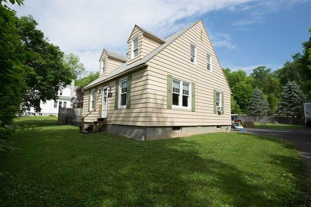 coeymans hollow Zillow has 9 homes for sale in coeymans hollow ny view listing photos, review sales history, and use our detailed real estate filters to find the perfect place.
