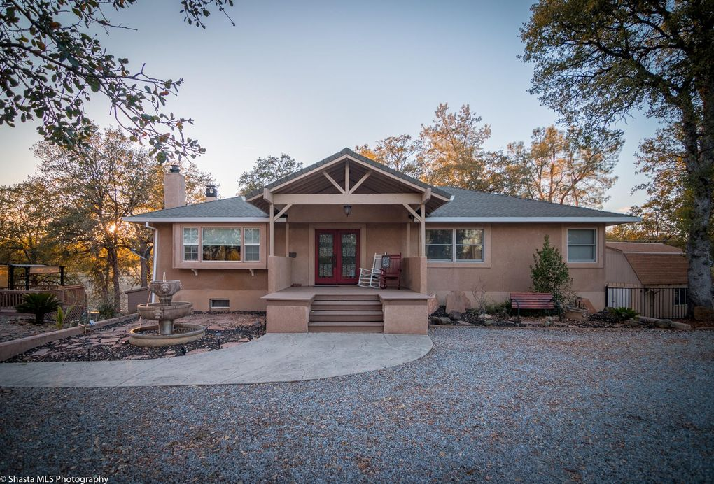 9682 Winegar Rd, Redding, CA 96003