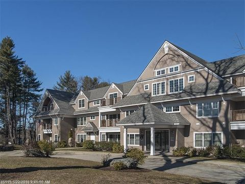 100 Shepards Cove Rd Unit H304, Kittery, ME 03904