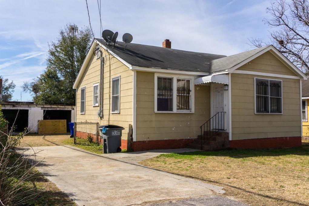 Selling Prices Of Homes In My Neighborhood