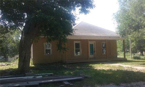 805 S Olive St, Albany, MO 64402