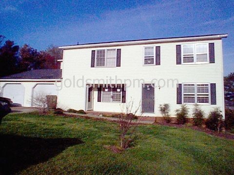 Photo of 211 Wexford Dr, Taylors, SC 29687