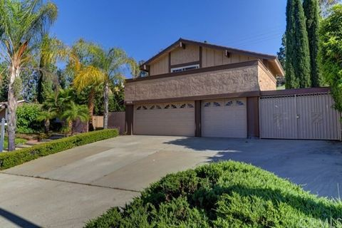 5824 E Camino Pinzon, Anaheim Hills, CA 92807