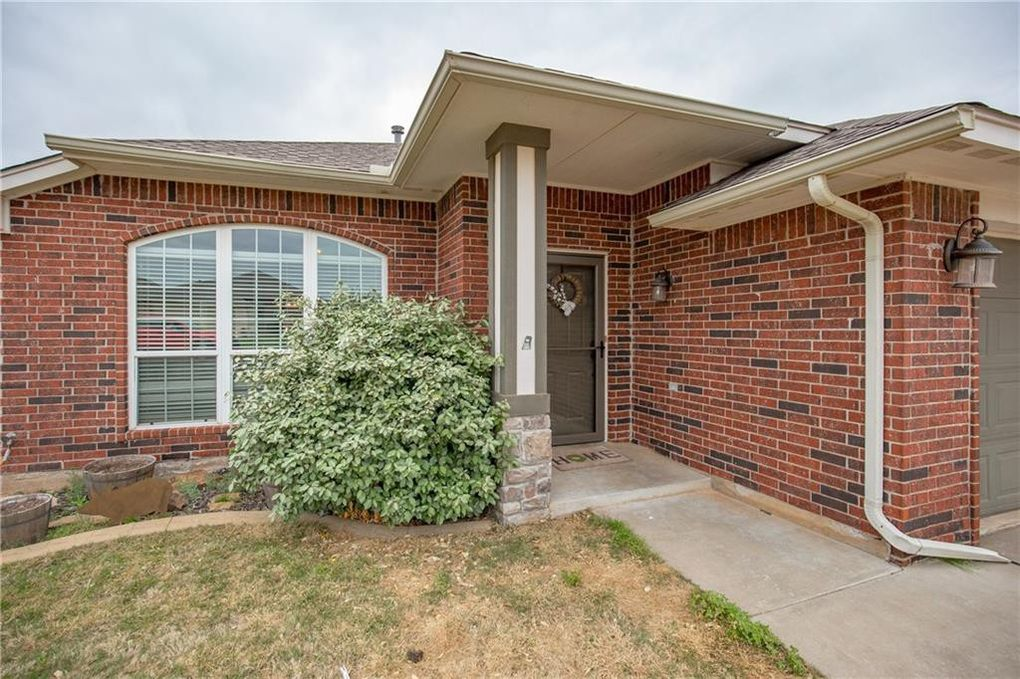 4213 Red Apple Ter, Moore, OK 73160