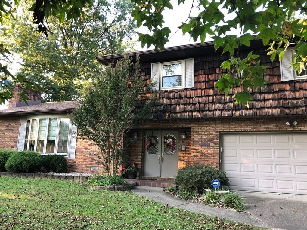 1617 S First St, Boonville, IN 47601