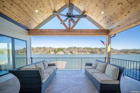 Photo of 101 Chambers Pt, Hot Springs, AR 71913