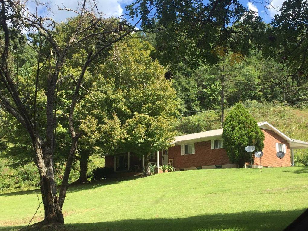 267 Chicken House Hollow Rd, Sandy Hook, KY 41171