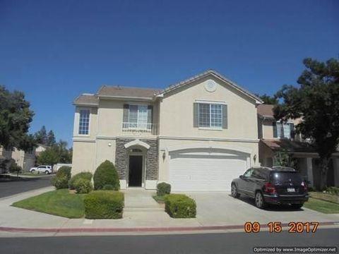 Photo of 7535 N Trellis Cir, Fresno, CA 93720
