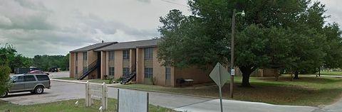 Photo of 324 Webb St, Smithville, TX 78957