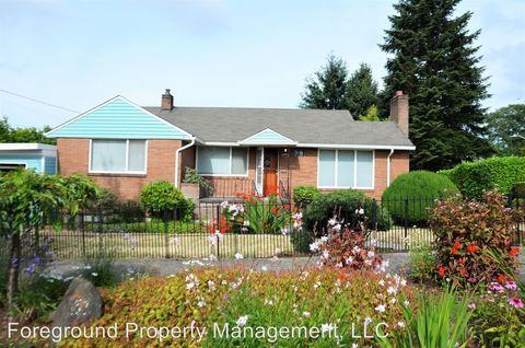 Photo of 6559 43rd Ave Ne, Seattle, WA 98115