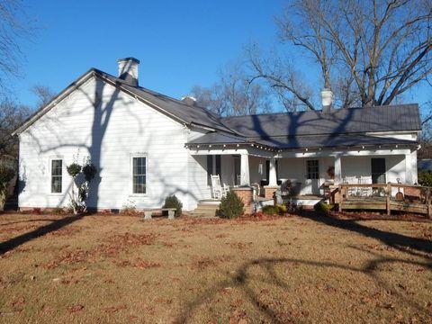 1804 Giddensville Rd, Faison, NC 28341