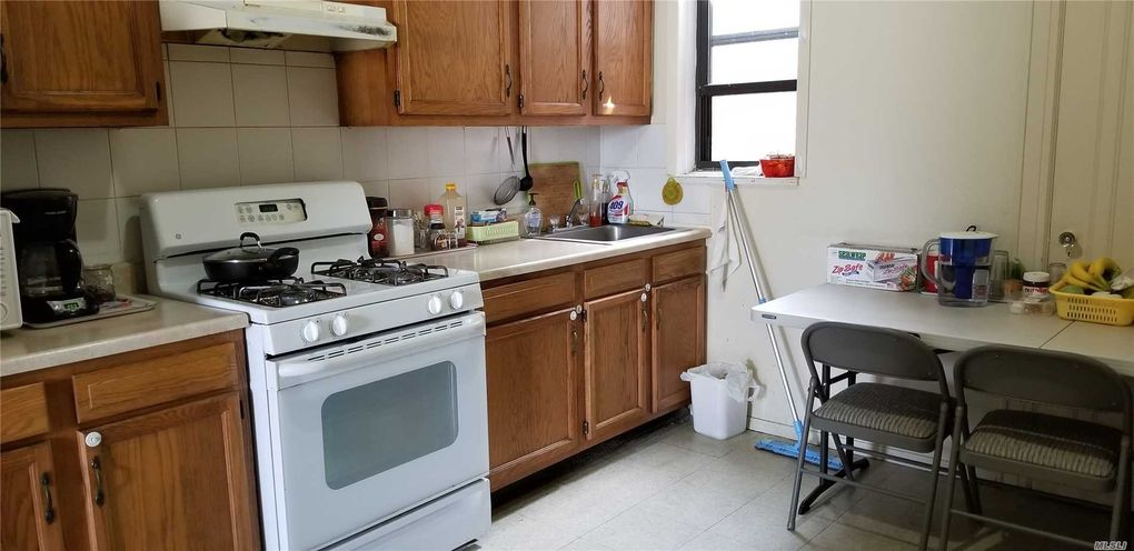 41-13 162 St Unit 3 Fl, Flushing, NY 11358