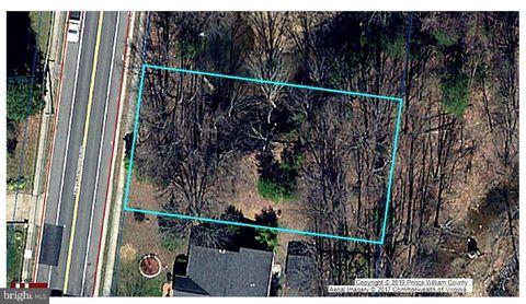 Photo of 2264 W Longview Dr, Woodbridge, VA 22191