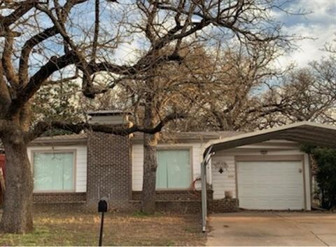 Photo of 304 Se 19th St, Mineral Wells, TX 76067