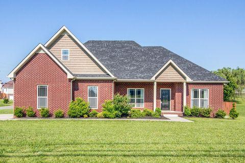 Photo of 601 Fallbrook Ln, Clarksville, TN 37040