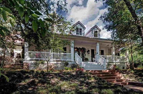 Pearl MS Homes With Special Features