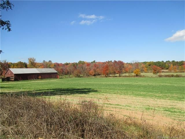 Town Of Enfield Ct >> 131 Town Farm Rd Enfield Ct 06082 Realtor Com