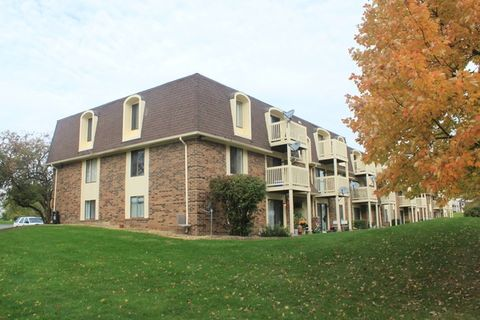425 Gregory Ave # 425, Glendale Heights, IL 60139