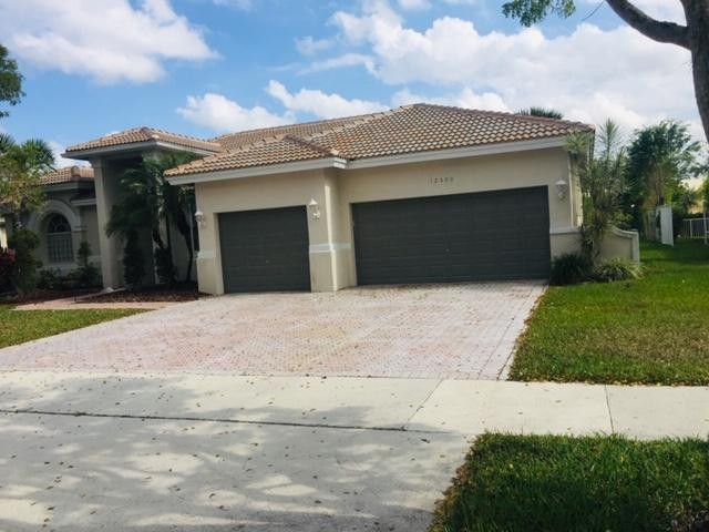 12500 Countryside Ter, Cooper City, FL 33330