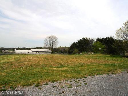 20 Foxwood Farm Dr, Kearneysville, WV 25430