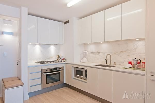 322 W 57th St Apt 53 R, New York, NY 10019