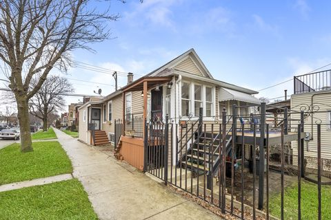 Photo of 3422 S Wood St, Chicago, IL 60608