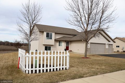 Photo of 1060 Forest City Blvd Nw, Maple Lake, MN 55358