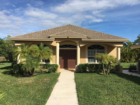 Photo of 14123 87th St N, Loxahatchee, FL 33470