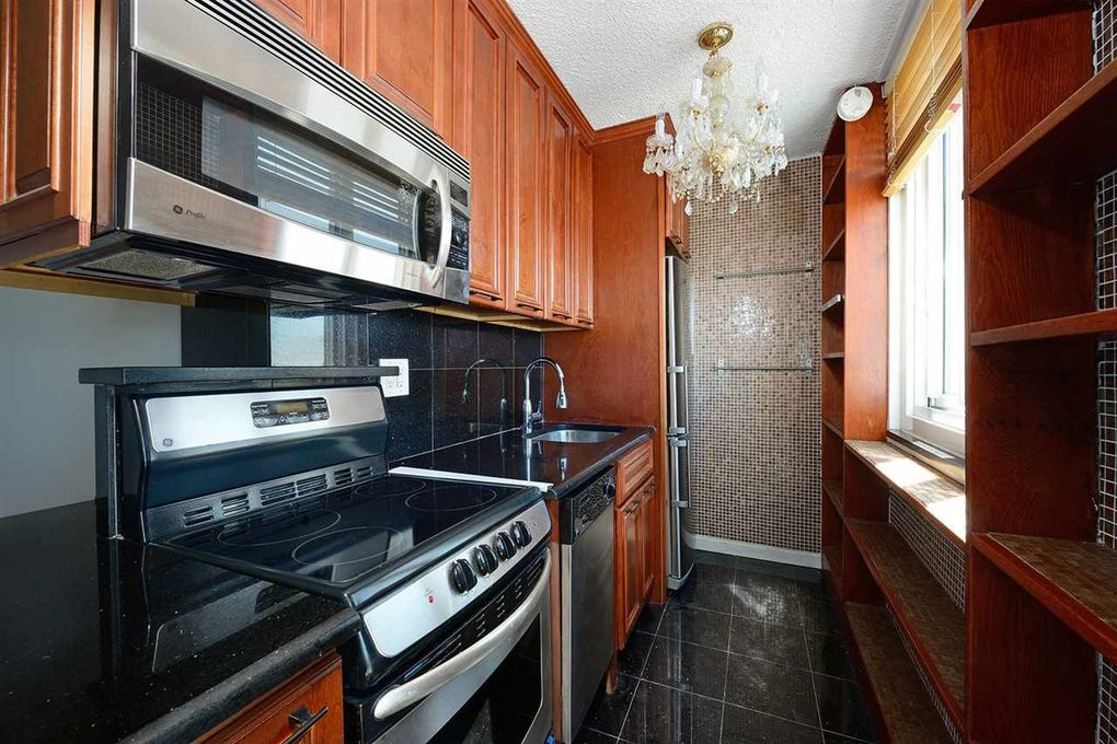 100 Manhattan Ave Apt 1415, Union City, NJ 07087
