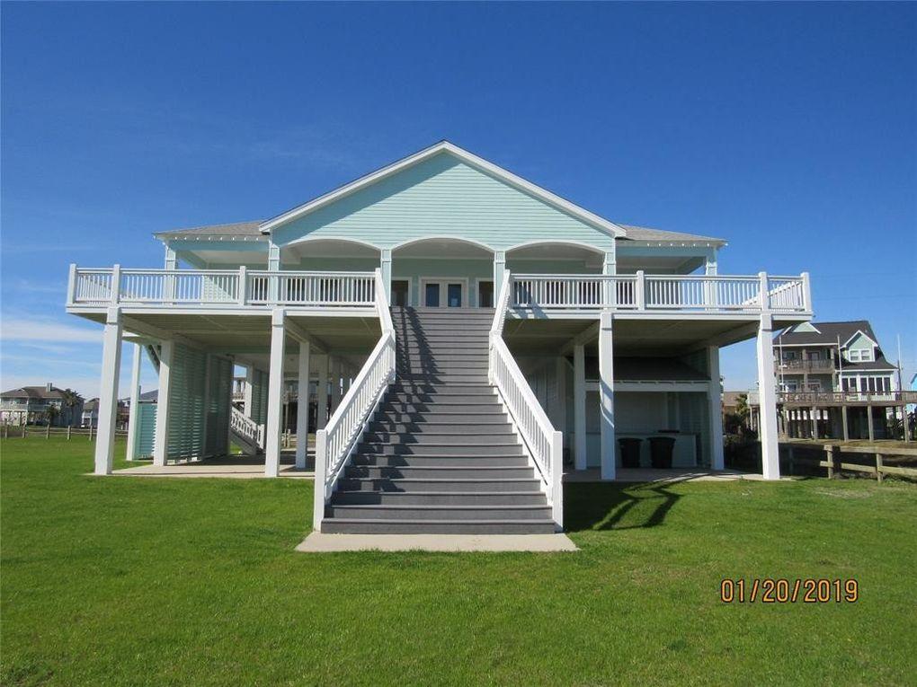 3244 Gulf Castle Dr Crystal Beach Tx