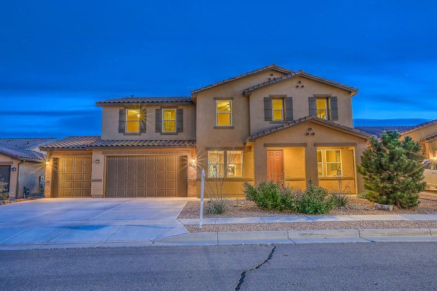 8640 Mesa Top Rd NW Albuquerque, NM 87120