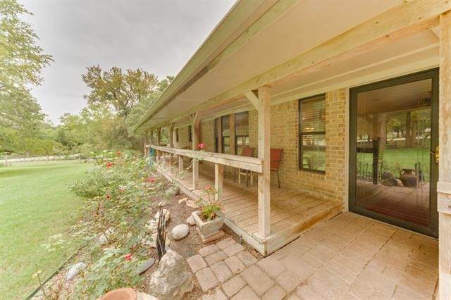 268 County Road 4372 Rd, Decatur, TX 76234