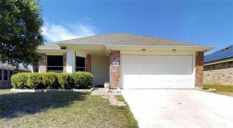 Photo of 706 Baldwin Rd, Wylie, TX 75098