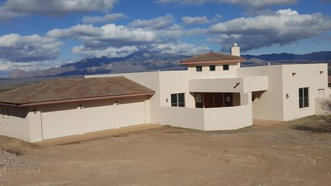 Photo of 27 Kp Ranch Rd, Tubac, AZ 85640