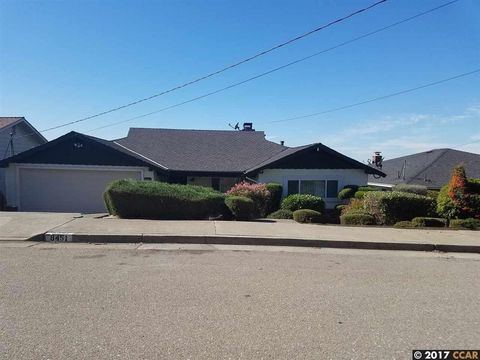8451 Aster Ave, Oakland, CA 94605