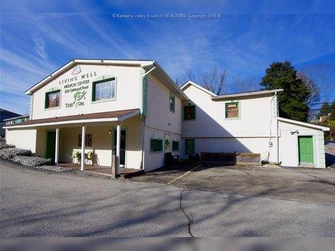 828 Oakwood Rd, Charleston, WV 25314