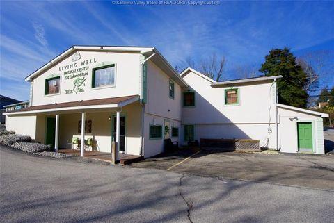 Photo of 828 Oakwood Rd, Charleston, WV 25314