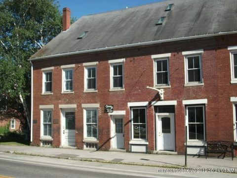 37-39 E Main St, Searsport, ME 04974