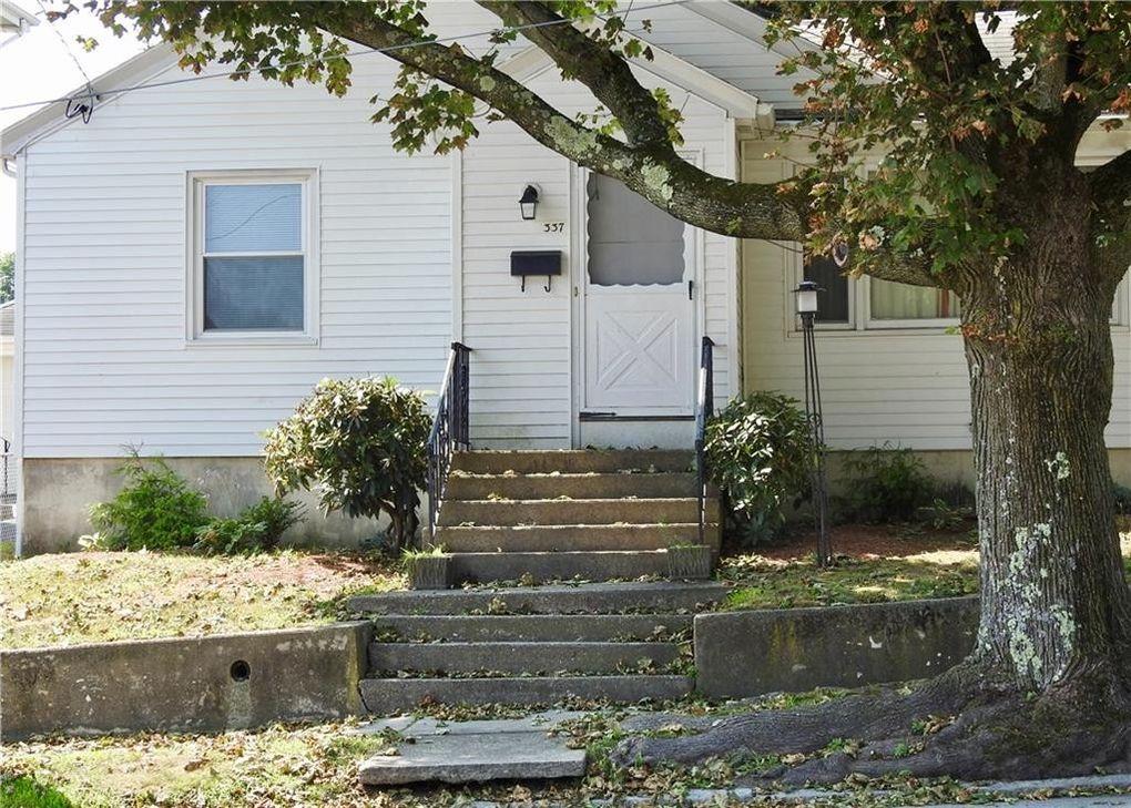 Home For Sale In Cranston Ri