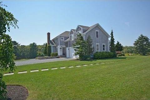 64 Pardon Hill Rd, Dartmouth, MA 02748