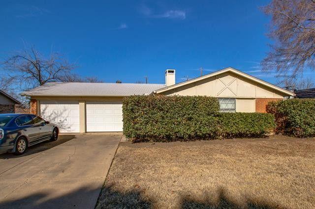 6513 Old Mill Cir, Watauga, TX 76148
