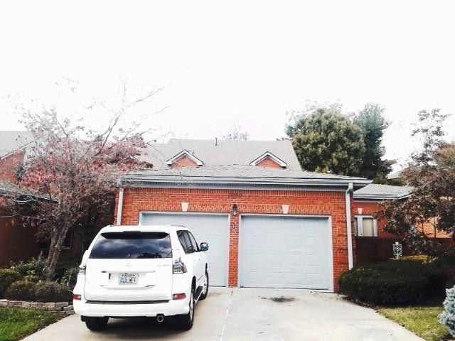 3989 Terrace Woods Ln, Lexington, KY 40513