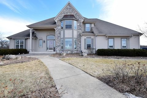 23428 Apple Rd, Waterford, WI 53185