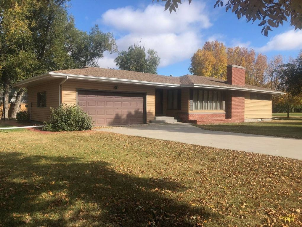 295 3rd Ave E Westhope, ND 58793