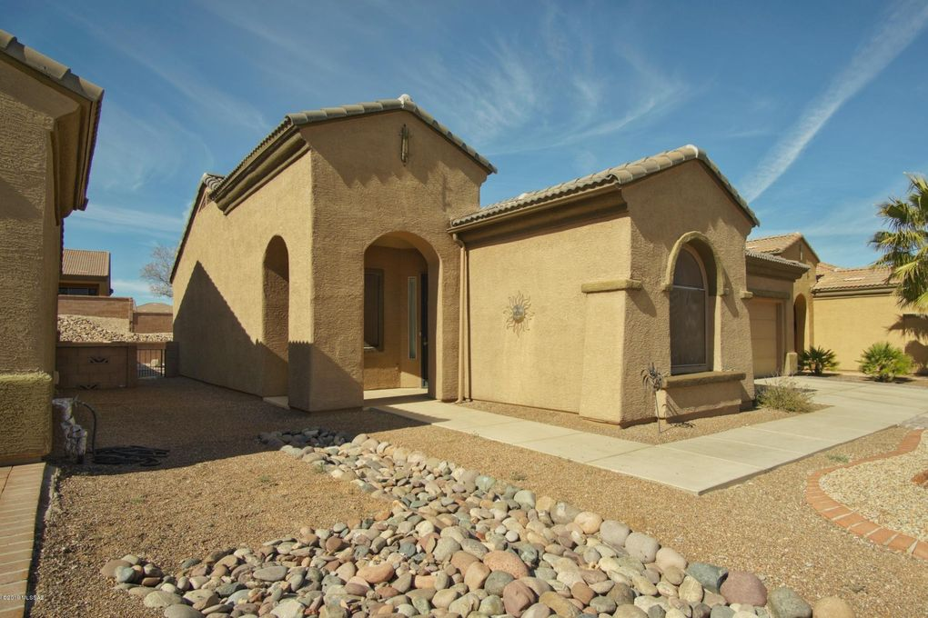 5800 S Painted Canyon Dr, Green Valley, AZ 85622