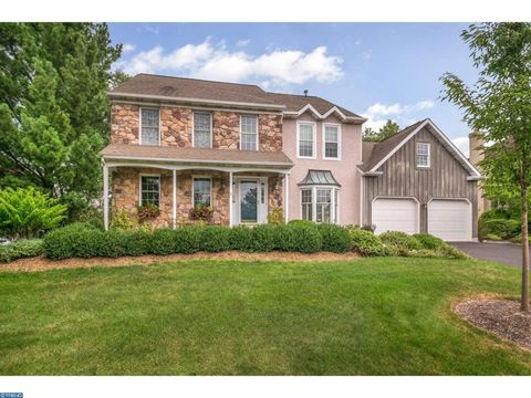 112 Country Club Dr, Lansdale, PA 19446