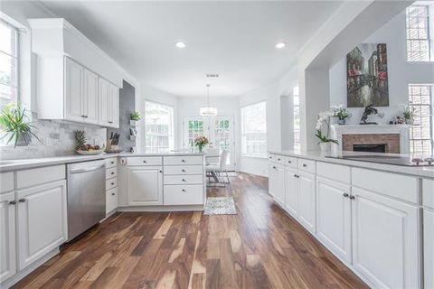 Homes For Sale near Haggard Middle School - Plano, TX Real