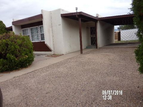 424 California St Se, Albuquerque, NM 87108