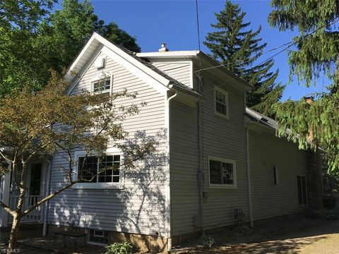 Photo of 1818 Grafton Rd, Elyria, OH 44035